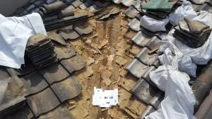 瓦屋根雨漏り 谷板金撤去