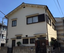 【東大阪市】 外壁塗装・屋根漆喰補修・バルコニー防水を行ったお客様