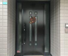 【大阪市】玄関ドア塗装を行ったお客様